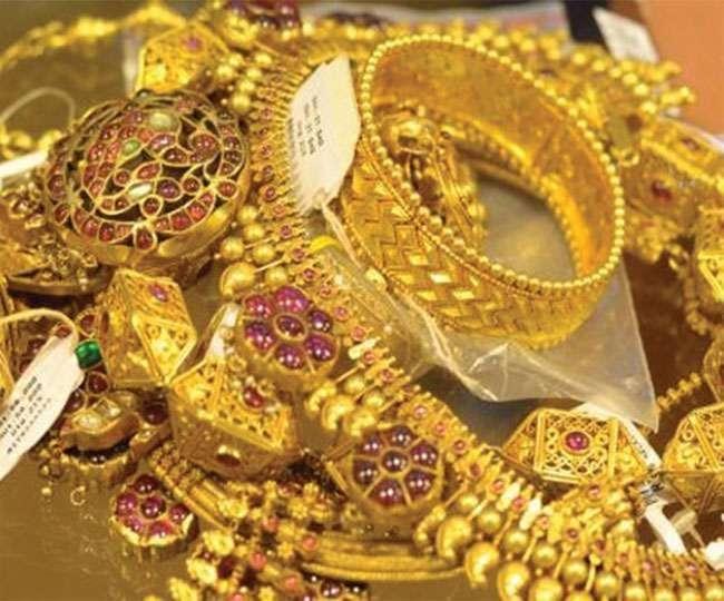 आज बढ़ गए सोने-चांदी के दाम, घर से खरीदारी के लिए निकलने से पहले चेक कर लें रेट