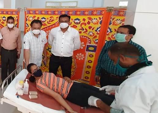 लघु उद्योग भारती के तत्वावधान में 100 यूनिट रक्तदान