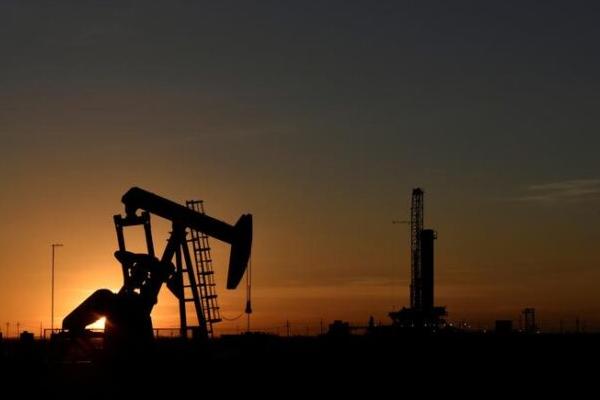पेट्रोल, डीजल के दाम स्थिर, कच्चा तेल भी नरम