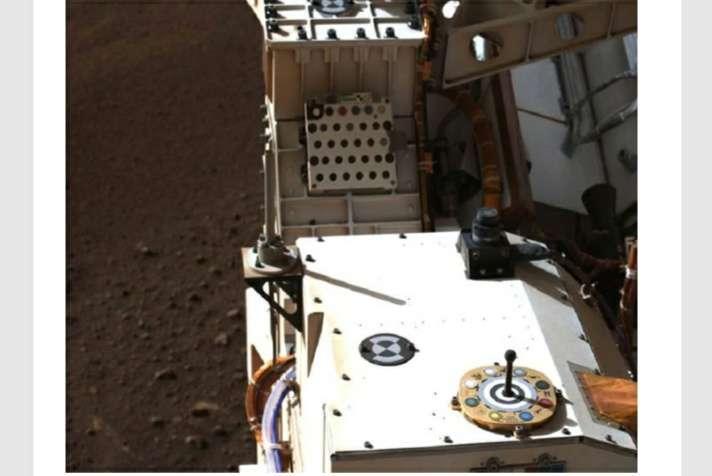 नासा के रोवर ने भेजी मंगल ग्रह से नई तस्वीर, यहां देखिये लैंडिंग और उसके बाद की सभी फोटो