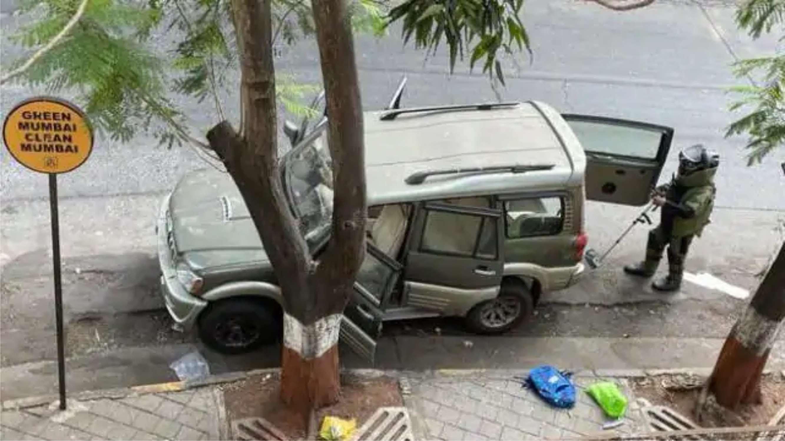 मुकेश अंबानी के घर के बाहर मिली संदिग्ध कार के मालिक की मौत, फडणवीस के जांच अधिकारी पर सनसनीखेज आरोप से बढ़ा सस्पेंस